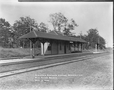 2010.030.PC10.02--lee hastman collection 8x10 print--ICRR--Co Photo view of Blue Island branch commuter depot at Stewart Ave--Chicago IL--1896 0907