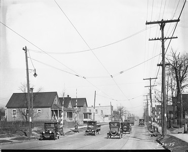 2010.030.PC10.01--lee hastman collection 8x10 print--ICRR--Co Photo view of Blue Island branch Michigan Ave grade crossing looking north--Chicago IL--1925 0330