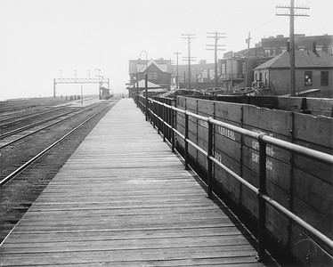 2010.030.PC07.16--lee hastman collection 8x10 print--ICRR--Co Photo view of commuter depot and platform at 43rd Street looking south--Chicago IL--no date