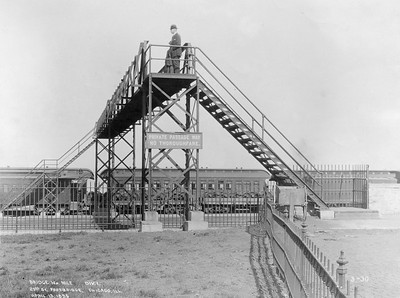 2010.030.PC07.08--lee hastman collection 8x10 print--ICRR--Co Photo view of footbridge over mainline at 29th Street--Chicago IL--1895 0419
