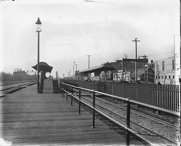 2010.030.PC07.25B--lee hastman collection 8x10 print--ICRR--Co Photo view of passenger station platform at 47th Street--Chicago IL--no date