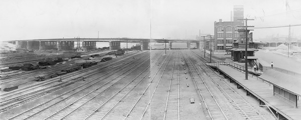 2010.030.PC07.01B--lee hastman collection 8x10 print--ICRR--Co Photo view of depot and platform at 22nd Street--Chicago IL--no date