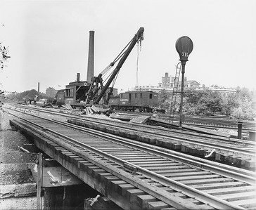2010.030.PC07.33A--62nd Street----lee hastman collection 8x10 print--ICRR--Co Photo view of bridge crane working near 62nd Street--Chicago IL--no date