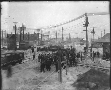 2010.030.PC12.05--lee hastman collection 8x10 print--ICRR--Co Photo view of workers at diamond--Grand Crossing IL--1906 1120
