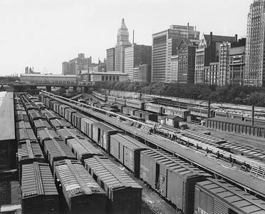 2010.030.PC03.25--lee hastman collection 8x10 print--ICRR--Co Photo view of Congress Street yards south of Randolph--Chicago IL--no date