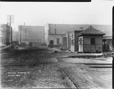 2010.030.PC02.06--lee hastman collection 8x10 print--ICRR--Co Photo view of scalehouse at South Water Street looking west--Chicago IL--1894 1023