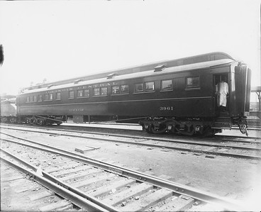 2010.030.PC22.15A--lee hastman collection 8x10 print--ICRR--Co Photo view of wooden lunch car 3961--location unknown--no date