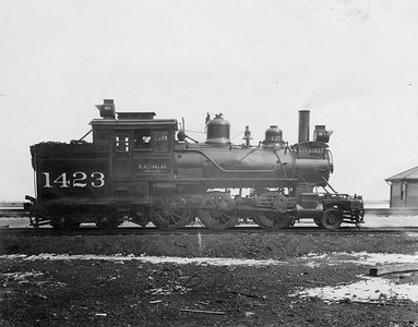 2010.030.PC20.033--lee hastman collection 8x10 print--ICRR--Co Photo view of steam locomotive 2-6-4T 1423--Chicago IL--no date--1925 1019