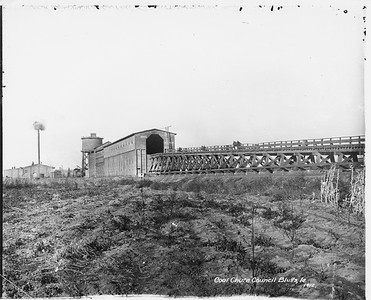 2010.030.PC13.09--lee hastman collection 8x10 print--ICRR--Company Photograph view of coal chute--Council Bluffs IA--1912 0000