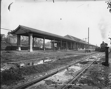 2010.030.PC13.16--lee hastman collection 8x10 print--ICRR--Company Photograph view of new depot--Fort Dodge IA--1912 0219