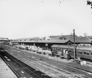 2010.030.PC13.13--lee hastman collection 8x10 print--ICRR--Company Photograph view of depot under construction--Fort Dodge IA--1911 1203