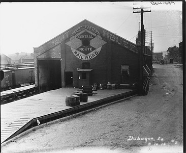 2010.030.PC13.11--lee hastman collection 8x10 print--ICRR--Company Photograph view of freighthouse--Dubuque IA--1916 0000