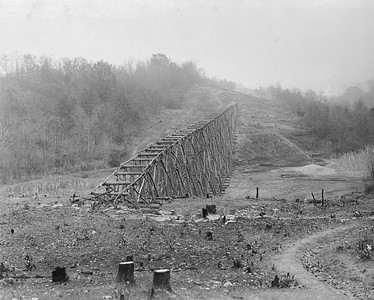 2010.030.PC17.04--lee hastman collection 8x10 print--ICRR--Co Photo view of Scottsburg grade reduction construction--near Dawson Springs KY--1917 1112