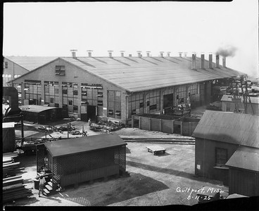 2010.030.PC16.09A--lee hastman collection 8x10 print--ICRR--Co Photo view of warehouse--Gulfport MS--1925 0811