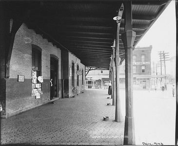 2010.030.PC16.13--lee hastman collection 8x10 print--ICRR--Co Photo view of depot--Jackson MS--no date