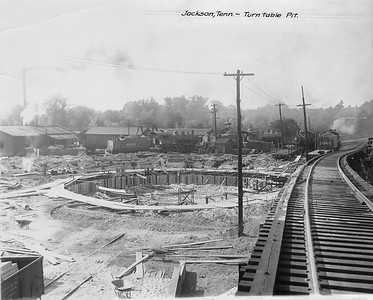2010.030.PC15.04--lee hastman collection 8x10 print--ICRR--Co Photo view of turntable pit under construction--Jackson TN--1916 0618