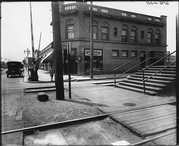 2010.030.PC09.04--lee hastman collection 8x10 print--ICRR--Co Photo view platform at Stony Island looking south--Chicago IL--no date