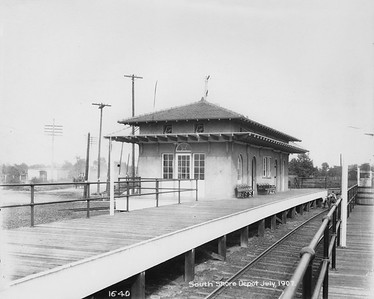 2010.030.PC09.20--lee hastman collection 8x10 print--ICRR--Co Photo view depot at South Shore looking northwest--Chicago IL--1907 0700