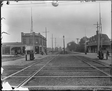 2010.030.PC09.06--lee hastman collection 8x10 print--ICRR--Co Photo view depot at Stony Island looking west--Chicago IL--no date