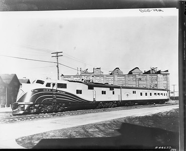 2010.030.PC29.05--lee hastman collection 8x10 COPY print--ICRR--Co Photo view of EMD diesel locomotive 4000 for City of Miami passenger train--location unknown--1940 1125
