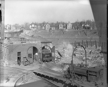 2010.030.PC99.18--lee hastman collection 8x10 print--ICRR--Co Photo view of roundhouse and turntable--location unknown--no date
