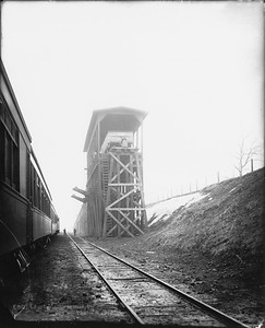 2010.030.PC99.35--lee hastman collection 8x10 print--ICRR--Co Photo view of coal hoist--location unknown--no date
