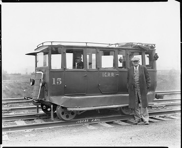 2010.030.PC25.09--lee hastman collection 8x10 print--ICRR--Co Photo view of old track speeder--East St Louis IL--1936 1024