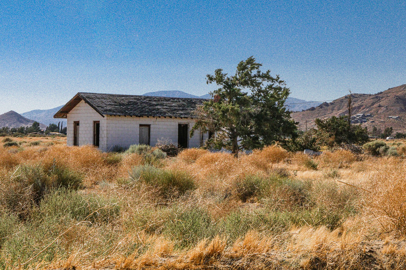 Abandoned House in Rosamond, CA