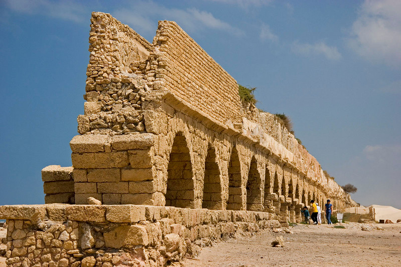 Caesarea aqueduct 01