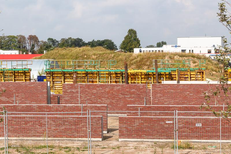 Kademuren worden opgemetseld in Noorderhaven