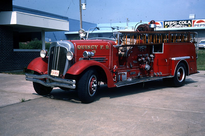QUINCY ENGINE 3 1938 AHRENS FOX  MODEL H-C  1000 - 0  RON HEAL PHOTO 1