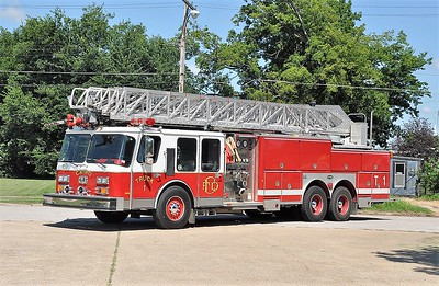 CAIRO FD  TRUCK 1  E-ONE   100'   SMITH BROTHERS PHOTO