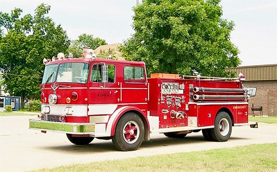 CAIRO FD  ENGINE   IHC - DARLEY   SMITH BROTHERS PHOTO