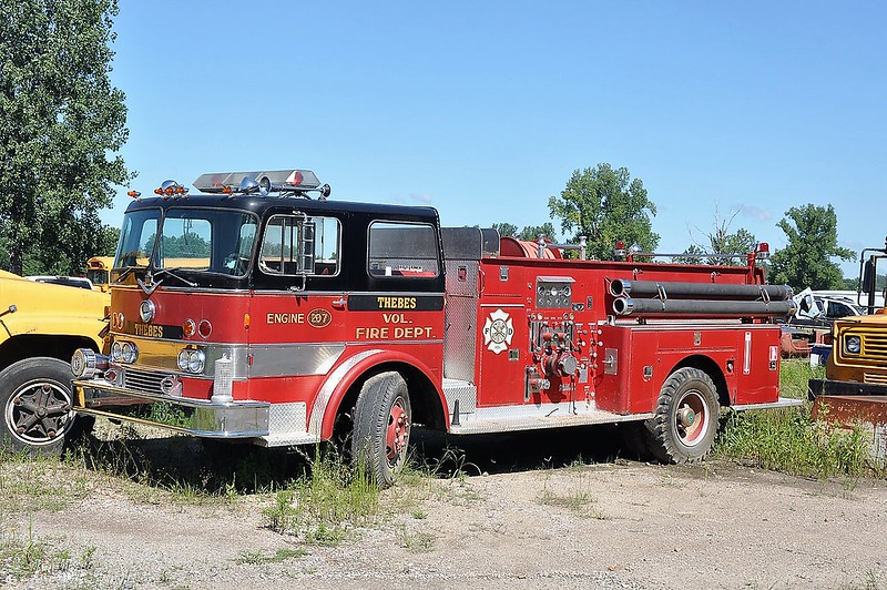 THEBES FD  ENGINE  1968  IHC - DARLEY   1000-500     X-TINLY PARK FD     SMITH BROTHERS PHOTO