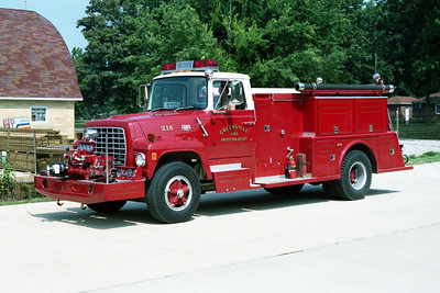 GREENVILLE  ENGINE 216  1981  FORD L800 - TOWERS  1000-850