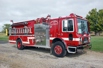 SMITHBORO  ENGINE 5661 1991 MACK MC - KME  1500-1500  X- DORSEL FIRE DISTRICT #1 VT  DAVID HORNACEK PHOTO