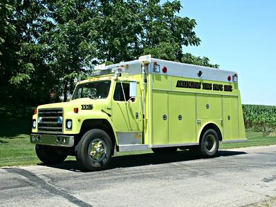 ARLINGTON SQUAD 1116  1981 IHC S-1900 - WELCH   X - PAW PAW FPD,IL   #697