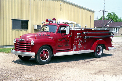 DALZELL  ENGINE 912  1952 CHEVY - FIREFIGHTER  500-300