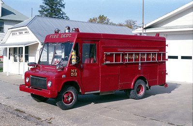 MALDEN  RESCUE 53   1966 IHC STEPVAN