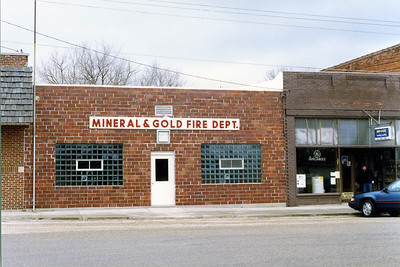 MINERAL GOLD FD STATION  STREET VIEW