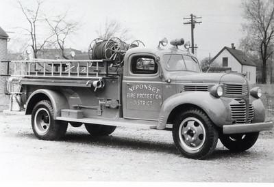NEPONSET FPD  1945 DODGE-DARLEY  500-400
