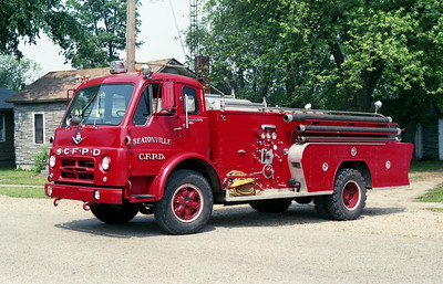 SEATONVILLE  ENGINE 2611  1957 IHC VCO90 - FIREFIGHTER  500-500