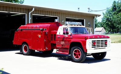 SPRING VALLEY  TANKER 216  1975  FORD F-600 - HEIL TANK  500-1250