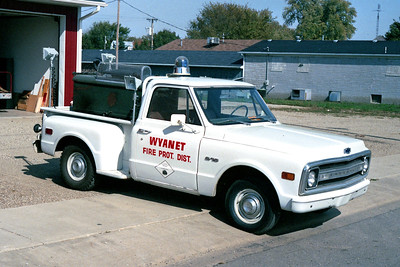 WYANET  RESCUE 102  1968 CHEVY - FD BUILT  LIGHT TRUCK