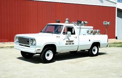 WYANET LIGHT TRUCK  112  1977 DODGE W20 - FD BUILT