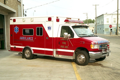 LANARK FPD  AMBULANCE  FORD E  WHITE AND RED