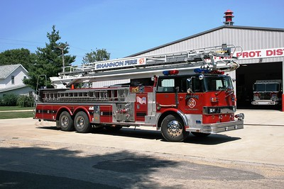 SHANNON TRUCK 751  OFFICERS SIDE