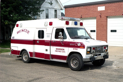 SHANNON RESCUE 700  FORD E350 RED STRIPE