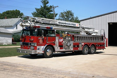 SHANNON  TRUCK 751  1977 HENDRICKSON - PIERCE  1500-500-75'  X- STILLMAN VALLEY FPD   #9704-C