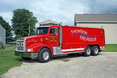 THOMSON  TANKER 332  1999 PETERBILT 335 - CUSTOM FIRE  250-4000